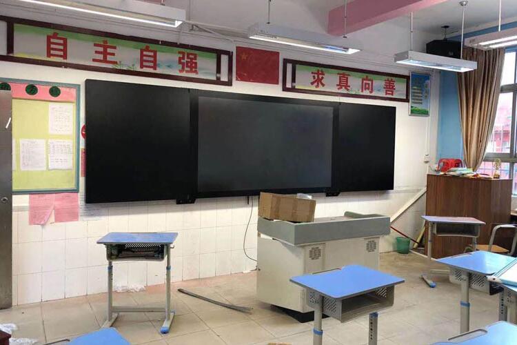 推拉式黑板教学一体机图4