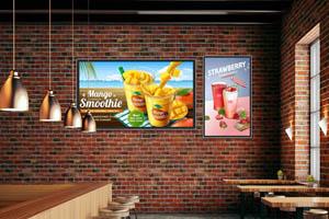休闲餐饮店里的单机版壁挂式高清液晶广告机